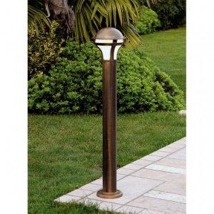 lampioni da giardino moderni